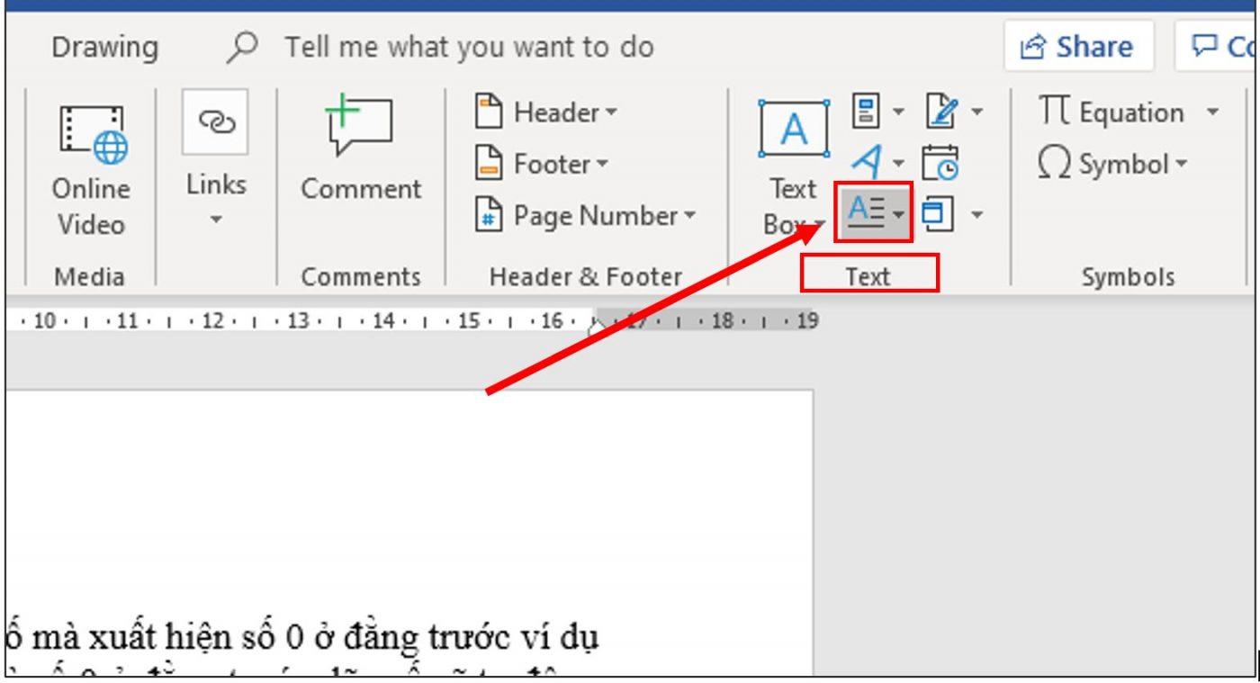 chọn drop cap trong nhóm công cụ text của insert